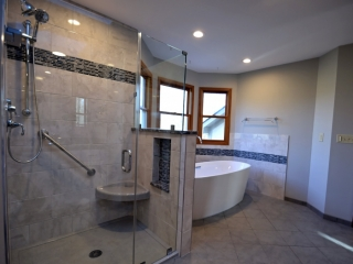 Beautiful Bathroom Remodel in Dublin, OH